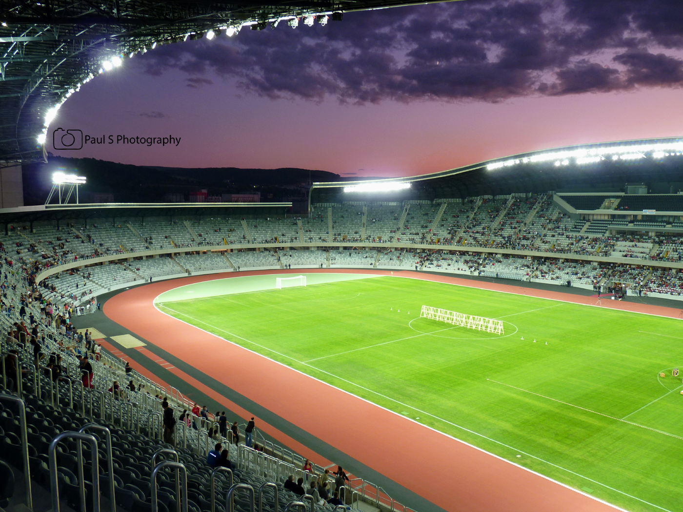 nocturna stadion cluj-arena