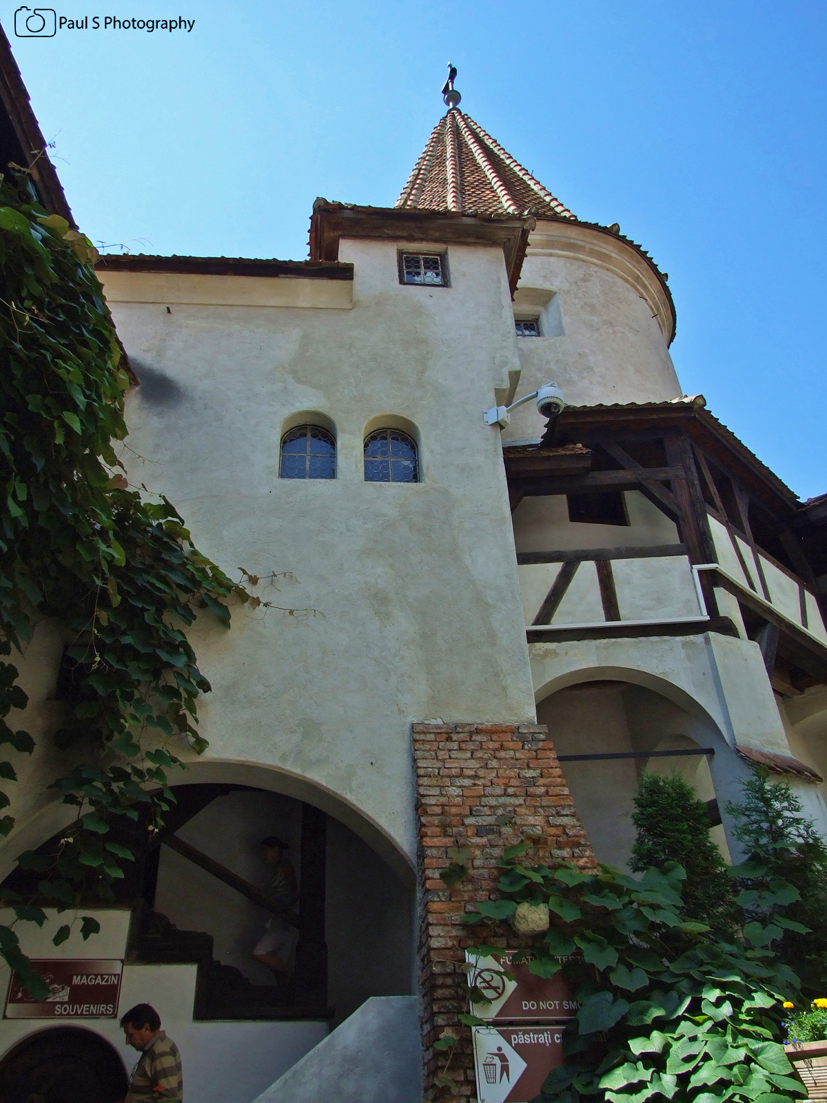 VIEW FROM THE INNER CORIDOR bran castle